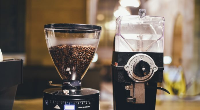 Best Burr Coffee Grinder Under $100